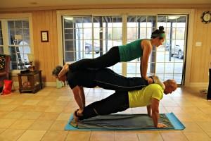 Partners_Plank_Stack_Mallory_YogaDaddy_Mark